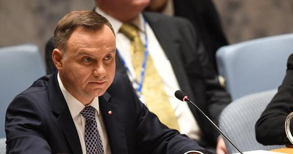 Chciałem, żeby głos w sprawie wyjaśniania katastrofy smoleńskiej został dany również na forum Rady Bezpieczeństwa ONZ - powiedział prezydent Andrzej Duda, pytany o swoje oczekiwania w związku z poruszeniem tego tematu w wystąpieniu podczas debaty w nowojorskiej siedzibie ONZ.
