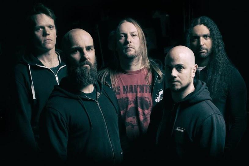 """""""Wszystko, co dobre, kiedyś się kończy"""" - ceniona, thrashmetalowa grupa Dew-Scented z Niemiec postanowiła zwinąć żagle."""