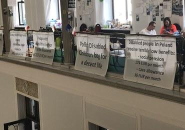 Niepełnosprawni protestujący w Sejmie: Polska się nas wstydzi. Może czas poprosić o azyl