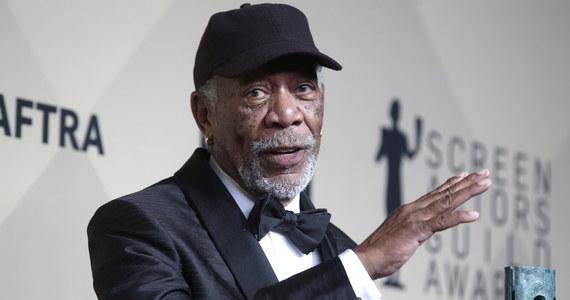 """Amerykański gwiazdor filmowy Morgan Freeman przeprosił w czwartek """"wszystkie osoby, które czuły się dotknięte lub potraktowane bez szacunku"""". Aktor złożył to oświadczenie w związku z oskarżeniami go o napastowanie na tle seksualnym."""