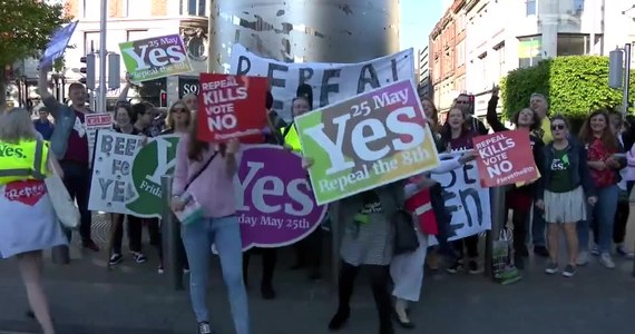 Irlandczycy głosują dziś w referendum aborcyjnym. Ten katolicki kraj posiada jedno z najostrzejszych praw regulujących usuwanie ciąż. Irlandczycy zadecydują, czy zostanie zliberalizowane, czy też pozostanie bez zmian.