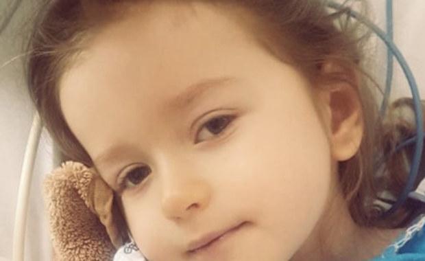 """3-letnia Natalka walczy o życie. """"Ja, matka, muszę dla niej zrobić po prostu wszystko, dlatego błagam was o pomoc i ocalenie mojego dziecka!"""" - pisze mama 3-letniej Natalki. Fundacja Siepomaga.pl zbiera pieniądze na leczenie dziewczynki."""
