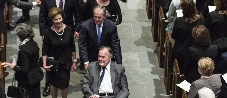Były prezydent USA George H.W. Bush został w niedzielę przyjęty do szpitala w stanie Maine. Powody hospitalizacji to niskie ciśnienie krwi oraz zmęczenie.