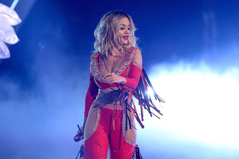 Ostatni utwór Aviciiego wykonała Rita Ora podczas swojego występu w ramach festiwalu BBC Biggest Weekend.