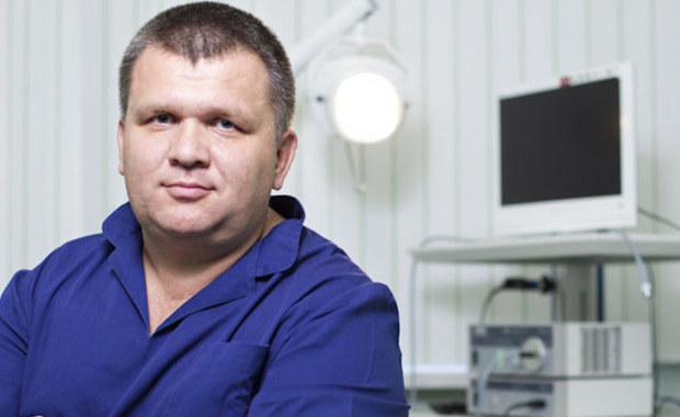 """W tym tygodniu w cyklu """"Twoje Zdrowie w Faktach RMF FM"""" zajmujemy się ochroną słuchu. Naszym ekspertem będzie laryngolog, dr Piotr Łach, ordynator Oddziału Otolaryngologii Szpitala im. L. Rydygiera w Krakowie."""