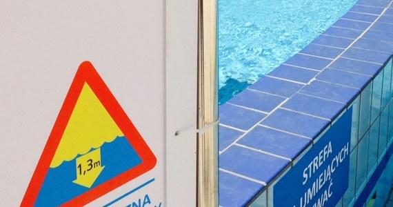 Cieszyńska prokuratura skierowała do sądu akt oskarżenia w sprawie utonięcia półtora roku temu dziecka w basenie w Wiśle - poinformował rzecznik bielskiej prokuratury okręgowej Jacek Boda. Odpowie za to pięć osób, w tym szefowie ośrodka i wychowawcy. Proces odbędzie się przed sądem rejonowym w Cieszynie.