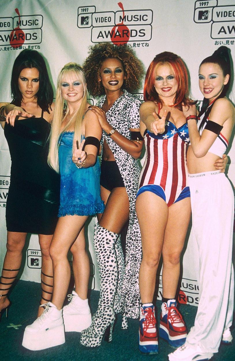 Melanie Chisholm ujawniła, że wraz z pozostałymi wokalistkami Spice Girls wciąż zastanawia się, jak ma wyglądać ich głośno zapowiadany powrót.