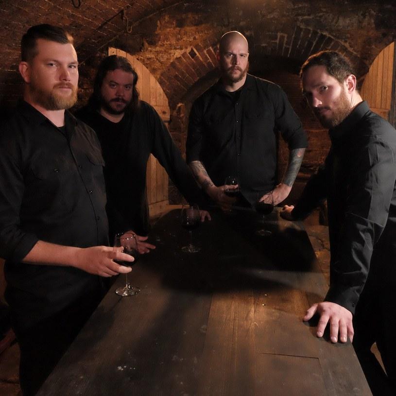 Amerykańska grupa Cast The Stone ujawniła szczegóły premiery nowego materiału.