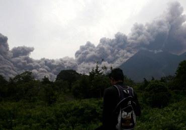 Erupcja Wulkanu Ognia. Zginęło co najmniej 25 osób