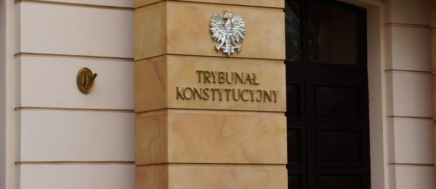1600 skarg nadzwyczajnych nie ma kto rozpatrywać. Pilna ustawa o IPN czwarty miesiąc czeka na jakąkolwiek decyzję Trybunału Konstytucyjnego. Polską KRS uznano właśnie za nieakceptowaną wśród rad sądownictwa Europy. Reformatorzy wymiaru sprawiedliwości nie robią jednak kompletnie nic, by pośpiesznie uchwalane reformy zaczęły działać.