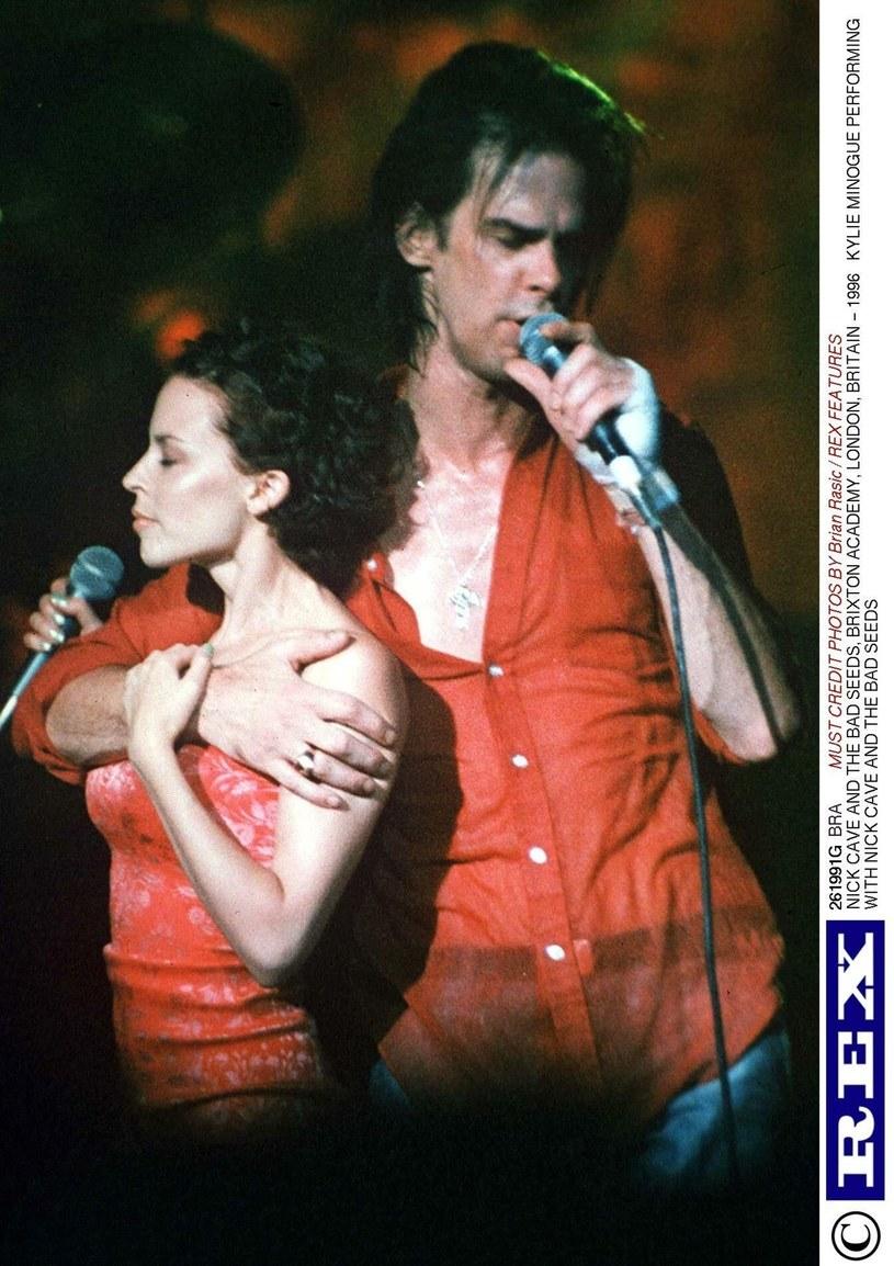 Nick Cave & The Bad Seeds zaskoczyli fanów podczas ich koncertu w Londynie. Na scenę zaprosili bowiem Kylie Minogue.