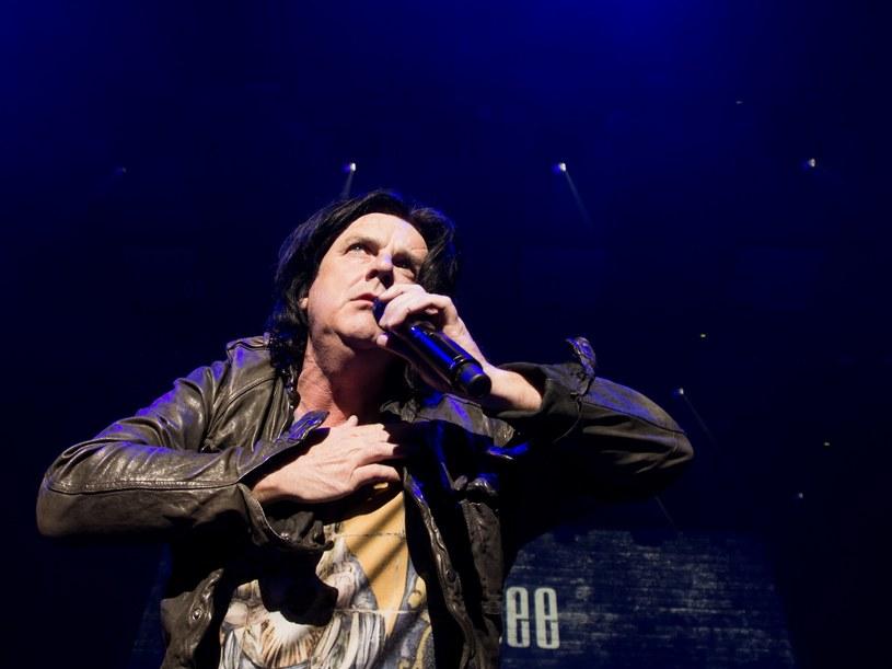 Raptem kilka dni po koncercie w Warszawie ogłoszono, że znany z grupy Marillion wokalista Steve Hogarth 15 grudnia wystąpi w Starym Maneżu w Gdańsku.