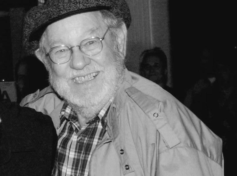 """Aktor William Phipps, głos Królewicza z klasycznej disneyowskiej animacji """"Kopciuszek"""" (1950), zmarł w wieku 96 lat. Gwiazdor przegrał walkę z rakiem płuc."""