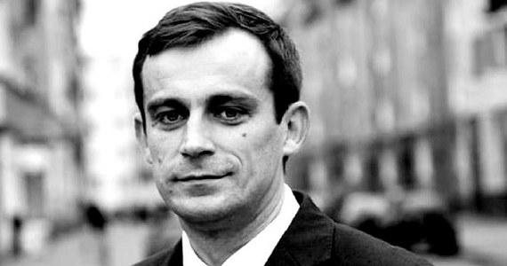 Śledztwo w sprawie śmierci głogowskiego radnego Pawła Chruszcza zostało przekazane Prokuraturze Okręgowej w Legnicy. Zostanie ono także objęte nadzorem Prokuratury Krajowej - poinformowała PK.