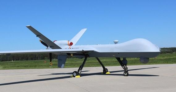 Zdolne przenosić uzbrojenie amerykańskie bezzałogowce MQ-9 Reaper wylądowały w Mirosławcu - poinformowała na Facebooku mirosławiecka 12. Baza Bezzałogowych Statków Powietrznych.