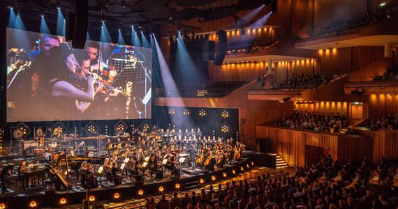 Prawie 30 tys. osób wzięło udział w koncertach 11. Festiwalu Muzyki Filmowej (FMF) w Krakowie. Przegląd trwał tydzień i zakończył się we wtorek w Lusławicach (Małopolskie) koncertem przypominającym filmowe potwory wszechczasów.