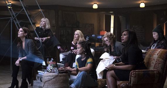 """Kiedyś George Clooney czy Brad Pitt. Teraz osiem niezwykłych kobiet - jako """"Ocean's 8"""". W Nowym Jorku odbyła się uroczysta premiera tej komedii kryminalnej."""