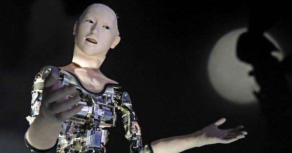 Rząd Portugalii wprowadza do urzędów dużych miast roboty, które będą pomagać w obsłudze petentów. Jak poinformowała minister ds. prezydium rządu i modernizacji administracji Maria Leitao Marques, pierwszy robot wkrótce rozpocznie pracę w urzędzie miasta Porto.