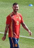 """Sergio Ramos i Demarco Flamenco: """"Otra estrella en tu corazón"""" hymnem piłkarskiej Hiszpanii"""