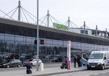 Kilkaset osób czeka na wylot z Pyrzowic. Samoloty Small Planet opóźnione o ponad dobę