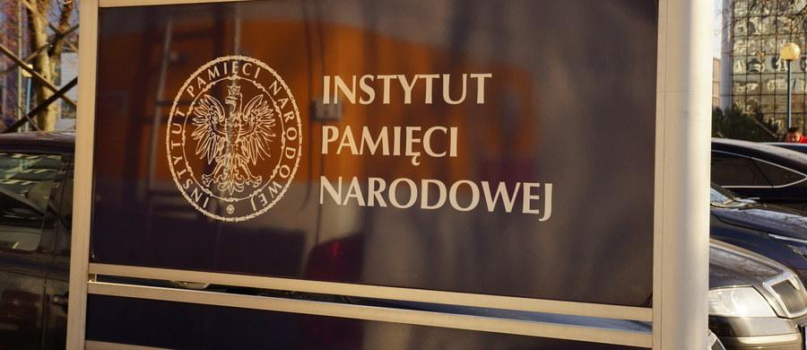 Politycy opozycji zachęcają rząd do zmiany ustawy o IPN bez czekania na werdykt Trybunału Konstytucyjnego po tym, jak szef MSZ Jacek Czaputowicz przyznał w RMF FM, że taka korekta jest pilnie potrzebna. Dyskusja nad kontrowersyjnym prawem powróciła m.in. po wypowiedzi przyszłej ambasador Stanów Zjednoczonych w Polsce Georgette Mosbacher. Występując przed komisją spraw zagranicznych amerykańskiego Senatu stwierdziła, że ustawa o IPN spowodowała wzrost antysemityzmu we wschodniej Europie.