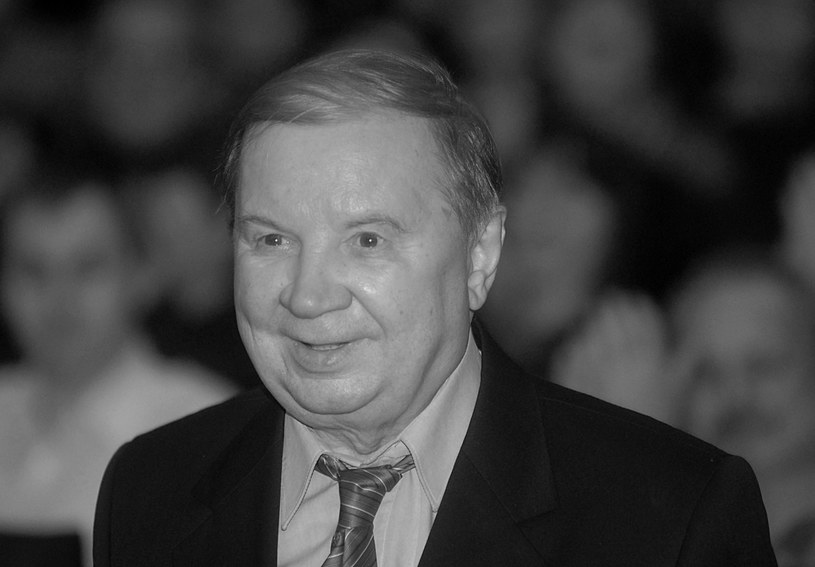 """Nie żyje Roman Kłosowski - znakomity aktor filmowy, telewizyjny i teatralny, uwielbiany przez kolejne pokolenia Polaków za rolę Maliniaka w """"Czterdziestolatku"""". Miał 89 lat."""