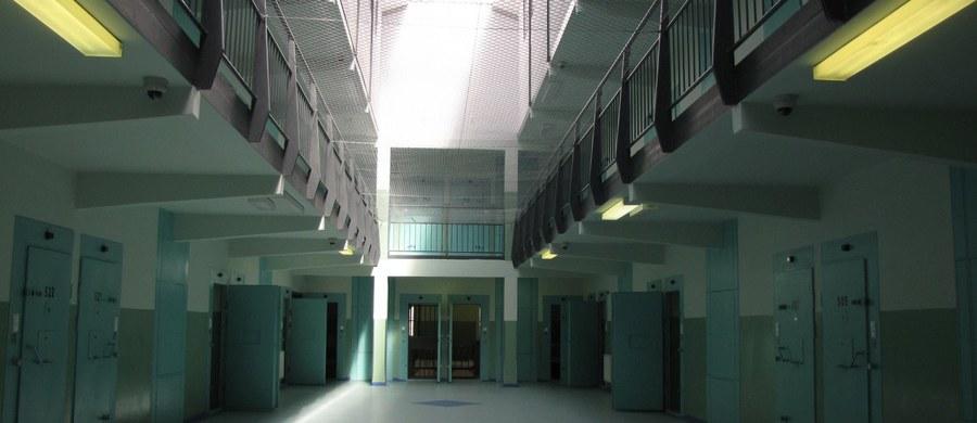 Były prezydent Tarnowa Ryszard Ścigała, skazany prawomocnie na 3 lata więzienia za przyjęcie 70 tys. zł łapówki, stawił się w Zakładzie Karnym w Tarnowie w celu odbycia kary. Wcześniej sądy dwóch instancji i Sąd Najwyższy odmówiły mu odroczenia wykonania tej kary.