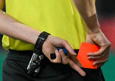VAR zwiększy na mundialu liczbę czerwonych kartek?