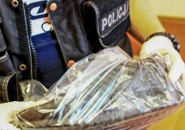 """Prawie jak z """"Kopciuszka"""". Policjanci złapali złodzieja, bo ten zgubił buta"""