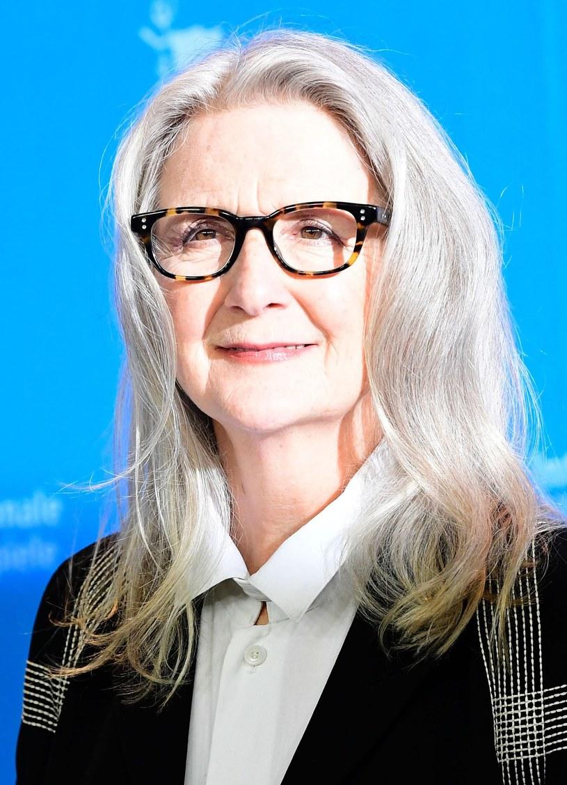 Sally Potter - brytyjska reżyserka, uznawana za jedną z najważniejszych autorek we współczesnym kinie, będzie bohaterką cyklu Zbliżenia podczas tegorocznej edycji Transatlantyk Festival. Reżyserka poprowadzi Master Class, a także odbierze wyjątkową nagrodę specjalną FIPRESCI - 93.