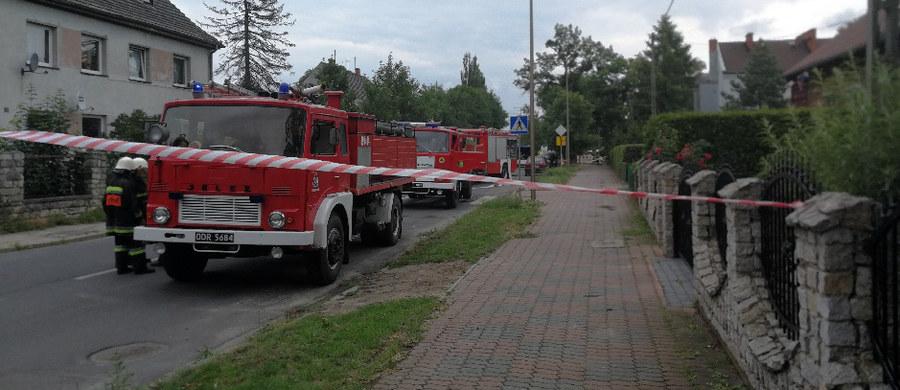 Jedenaście osób ewakuowano z czterech budynków w Strzelcach Opolskich. Przy ulicy Dworcowej doszło do rozszczelnienia gazociągu niskiego ciśnienia. Informację i zdjęcia z miejsca zdarzenia dostaliśmy na Gorącą Linię RMF FM.