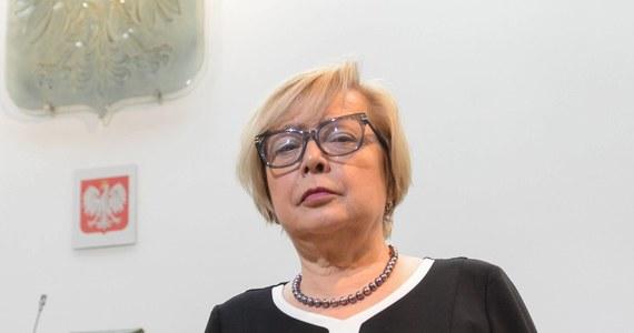 Nie będzie kolejnych ustępstw rządu wobec Brukseli w sprawie ustaw sądowych co najmniej do czasu przejścia Małgorzaty Gersdorf w stan spoczynku - wynika z nieoficjalnych informacji reportera RMF FM Patryka Michalskiego. Wraz z I prezes Sądu Najwyższego, na mocy znowelizowanej przez PiS ustawy, 3 lipca będzie musiała odejść blisko połowa sędziów.
