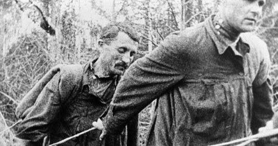 Tajny rozkaz Federalnej Służby Bezpieczeństwa sprzed 4 lat nakazuje niszczenie ostatnich istniejących dowodów o politycznych więźniach Gułagu podczas represji stalinowskich, ale także prześladowanych w Związku Radzieckim. Sprawa wyszła na jaw, gdy historycy zwrócili się do MSW o informację w sprawie konkretnych więźniów. Okazało się, że niczego w archiwach już nie ma.