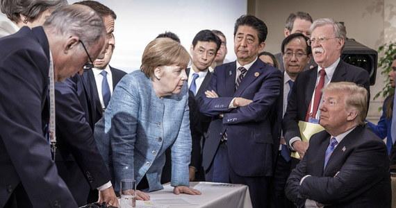"""Podczas kanadyjskiego szczytu G7 - nazywanego żartobliwie """"G6+Trump"""" - amerykański prezydent miał wielokrotnie złośliwie zwracać się do przywódców innych państw. """"Wall Street Journal"""" informuje, że miał np. powiedzieć, że Japonia powinna przyjąć kilkadziesiąt milionów Meksykanów, by zrozumieć problem migracji."""