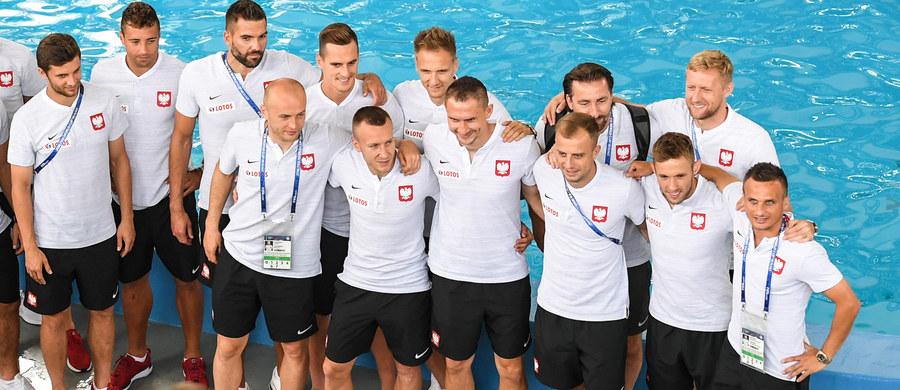Piłkarze reprezentacji Polski, mieszkający w Soczi podczas piłkarskich mistrzostw świata, zwiedzali delfinarium. Po południu mają zaplanowany czas wolny.