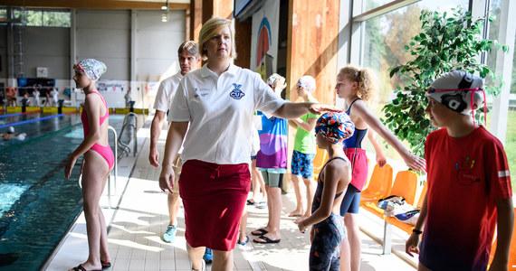 """Blisko 600 uczestników bierze udział w imprezie pływackiej Otylia Swim Cup, która rozpoczęła się w sobotę w Gliwicach. """"Naszym celem jest zabawa poprzez sport, ale również wyszukiwanie nowych pływackich talentów"""" - mówi Otylia Jędrzejczak, której fundacja zorganizowała zawody."""
