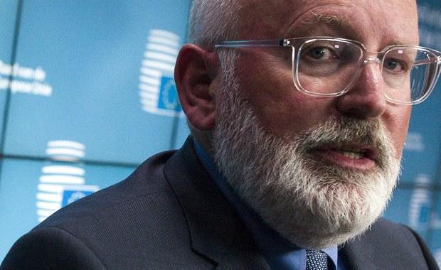 Jedynym celem wizyty wiceprzewodniczącego Komisji Europejskiej w Polsce jest spotkanie z premierem Morawieckim. Ponieważ polski rząd nie zamierza jednak w sprawie reformy sądów ustąpić, a Frans Timmermans wciąż twierdzi, że Polska nie spełniła oczekiwań Komisji Europejskiej, warto się zastanowić czemu w ogóle komisarz jeszcze przyjeżdża do Polski i jakie ma atuty w grze, którą, zdawałoby się, już przegrał?