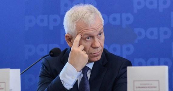 Marek Jurek poinformował PAP, że ustąpił z funkcji prezesa Prawicy RP. Rada Naczelna partii powierzyła funkcję prezesa Krzysztofowi Kawęckiemu.
