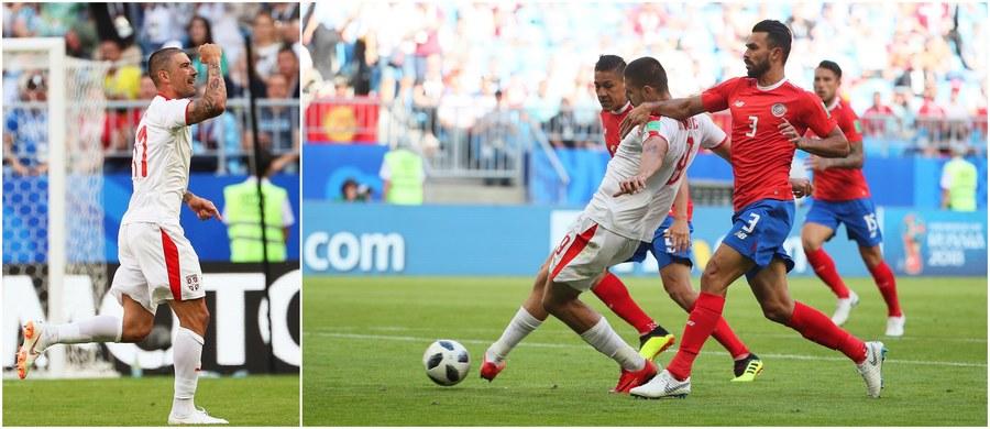Reprezentacja Serbii pokonała drużynę Kostaryki 1:0 w pojedynku grupy E na piłkarskich mistrzostwach świata! Jedynego w tym spotkaniu gola zdobył w 56. minucie rewelacyjnym trafieniem z rzutu wolnego Aleksandar Kolarov!
