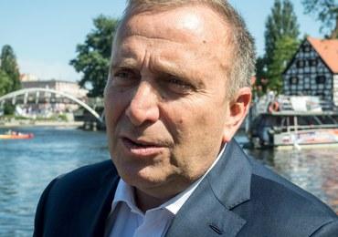 Schetyna: PiS stanął twarzą do Putina