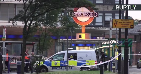 Londyńska policja metropolitalna poinformowała, że niewielka eksplozja na stacji metra Southgate została wywołana przez zwarcie. Jak podkreślono, nic nie wskazuje na to, aby zajście miało charakter incydentu terrorystycznego.