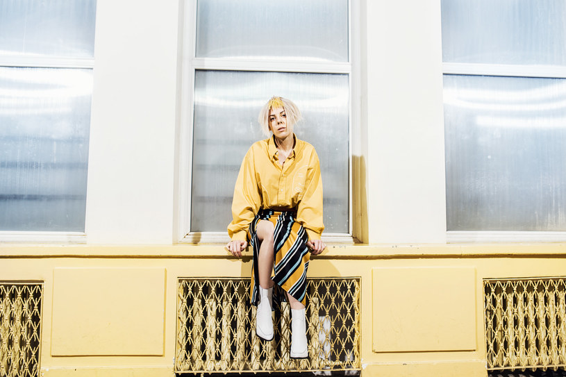 """Ptakova zaprezentowała przebojowy singel zatytułowany """"Czar"""", który zwiastuje jej debiutancki album."""