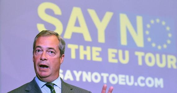 Obie izby brytyjskiego parlamentu - Izba Gmin i Izba Lordów - przyjęły w środę ustawę o wyjściu z Unii Europejskiej, ostatecznie odrzucając poprawki zgłaszane przez grupę proeuropejskich buntowników w rządzącej Partii Konserwatywnej.