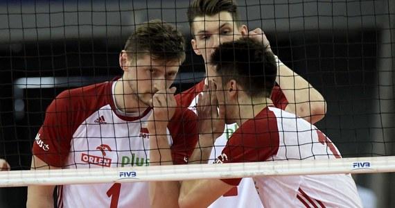 Przed polskimi siatkarzami ostatni turniej fazy interkontynentalnej Ligi Narodów. Od piątku do niedzieli w Melbourne zajmujący piąte miejsce w tabeli i walczący o awans do Final Six biało-czerwoni zmierzą się z Argentyńczykami, Brazylijczykami i gospodarzami.
