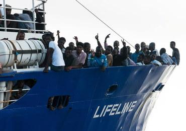 Włosi nie chcą statku z migrantami. Pomoc oferują Hiszpanie