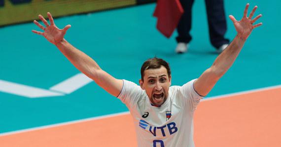 Rosjanie wygrywając w Modenie z Włochami 3:0 wyświadczyli przysługę polskim siatkarzom, którzy po zwycięstwie nad Argentyną, także bez straty seta, są coraz bliżej awansu do turnieju finałowego Ligi Narodów.