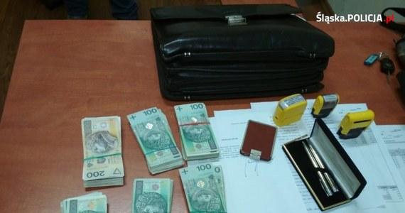 To mogła być zguba, jakich mało. W Katowicach mężczyzna zostawił na ulicy aktówkę, a w niej prawie 70 tysięcy złotych i dokumenty. Na szczęście właściciel wszystko to odzyskał.