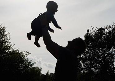 W jakim wieku Polacy zostają ojcami?