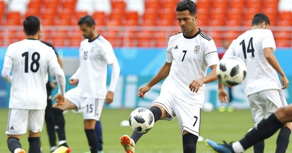 Irańscy kibice hałasowali w nocy pod oknami hotelu portugalskich piłkarzy w Sarańsku, aby zakłócić ich sen przed poniedziałkowym spotkaniem obu drużyn w grupie B mistrzostw świata. Wynik tego meczu zdecyduje o awansie o 1/8 finału.