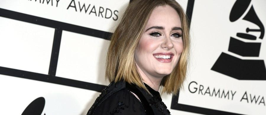 """To może być dobra wiadomość dla fanów Adele. Według zagranicznych mediów wokalistka rozpoczyna pracę nad nową płytą. """"The Sun"""" donosi. że była na spotkaniu ze swoją wytwórnią. Doszło do niego w siedzibie Sony w Londynie."""